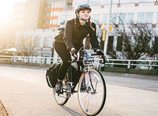À vélo, en toute sécurité dans le trafic
