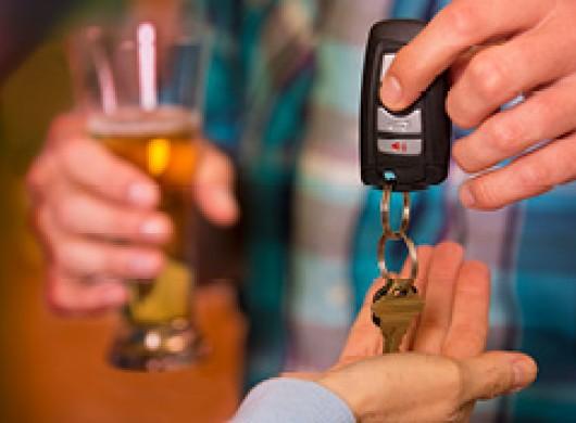 Alcool au volant : quelque 43 % des conducteurs belges admettent rouler sous influence